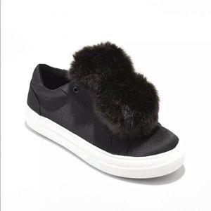 NWT Mossimo Abbie Black Pom Pom Sneakers